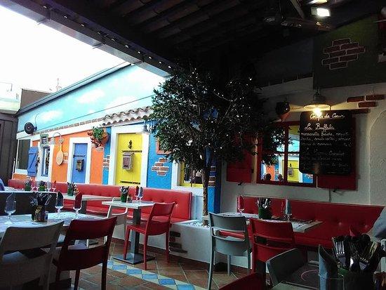La Pizzetta: decor