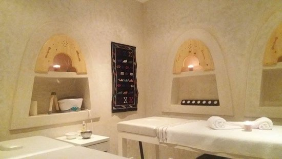 Mirleft, Morocco: Massage solo / duo