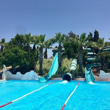 สวนน้ำวอเทอร์เวิลด์: Wonderful place with great slides!