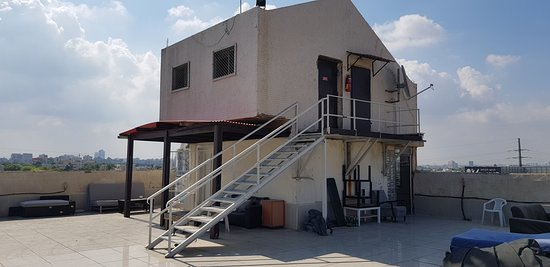 """Nahalat Yehuda Residence: The """"penthouse"""""""