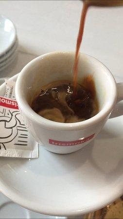 Pablito Bar : caffè pessimo