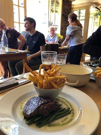 Moules a Go-Go: super steak