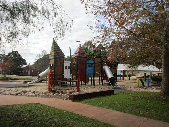 Manjimup Heritage Park: Some of the playground