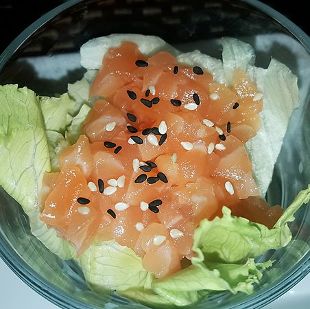 Kumo Sushi Bar Take Away : Tartare di salmone