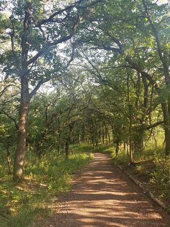 Sioux Falls, Dakota du Sud : One of the trails at Good Earth State Park