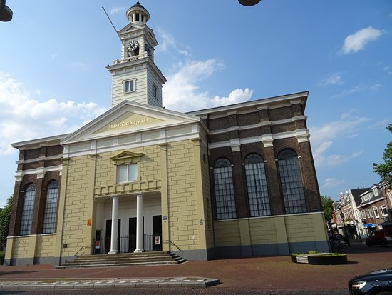 Jozefkerk Assen;architectuur van C.J.Spaan uit 1845-1848