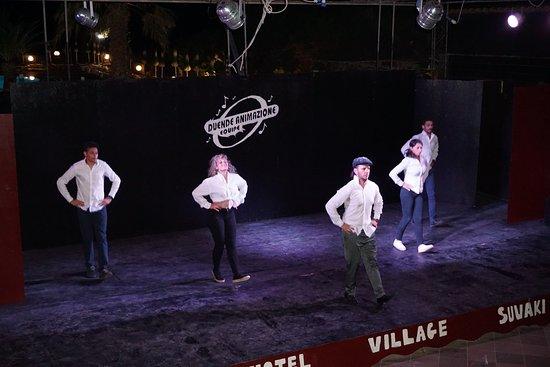 Hotel Village Suvaki: Spettacolo serale di animazione