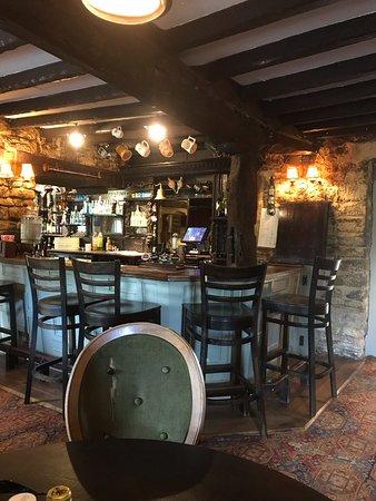 The Highwayman Inn: The bar