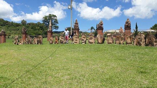 Jardim das Esculturas: Foto frontal do local.