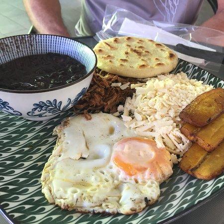 Santa Ana, Costa Rica : photo0.jpg
