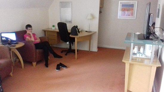 Hothfield, UK: Room & Mrs B