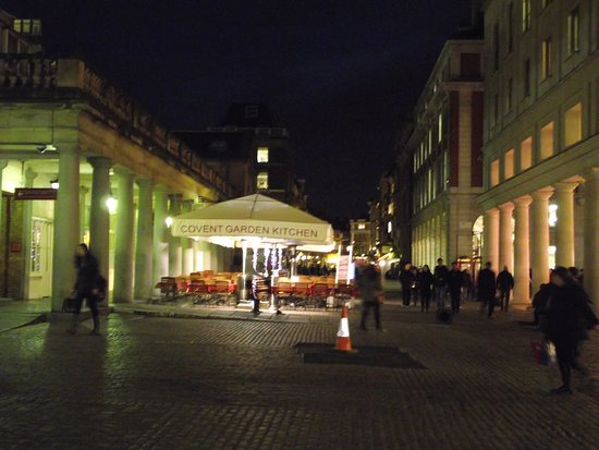 Covent Garden: 市場の夜景