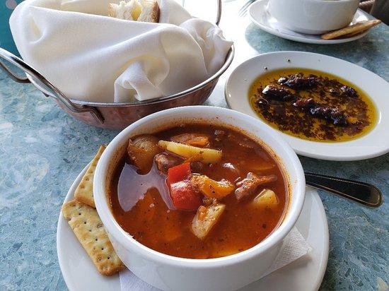 Mettawas Station Mediterranean Restaurant: Homemade soup