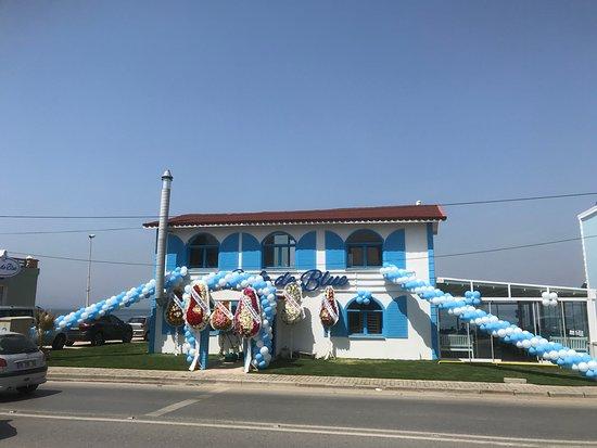 Guzelbahce, Turcja: Bizimkisi Bir Mavi Hikayesi...