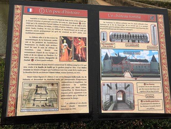 Chateau du Plessis-Bourre: Une forteresse sortie des eaux mais un logis charmant