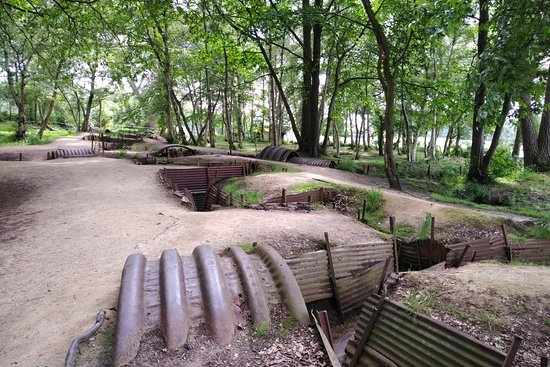 Sanctuary Wood: Trenches