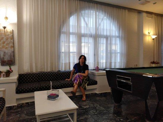 Hotel Iro: reception