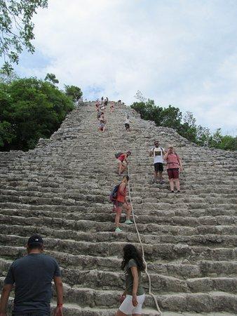 Rimain Tours: As piramides em Coba...
