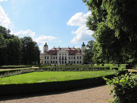 Zamoyski Palace Museum: Pałac - widok z tyłu