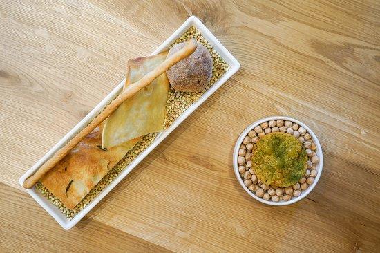 Mono Restaurant: Bread