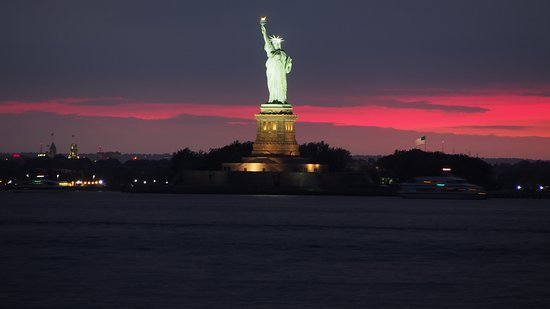 Louis Valentino, Jr. Park and Pier: View of the Statue of Liberty