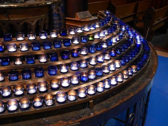 น็อทร์-ดามบาซิลิกา: Notre-Dame Basilica