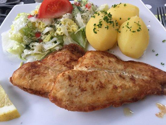 Restaurant Zur Schwalbe: Schollenfilets