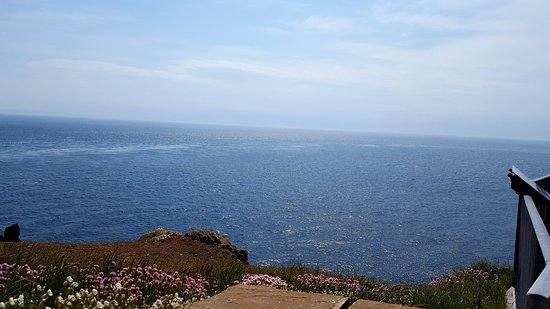 Mull of Galloway Lighthouse: The view ...