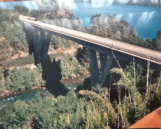 Rio Correntoso照片