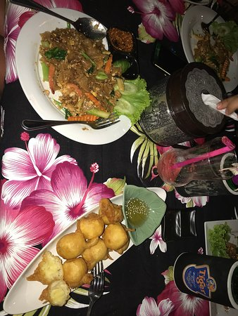Sa-ing Restaurant & Bar ภาพถ่าย