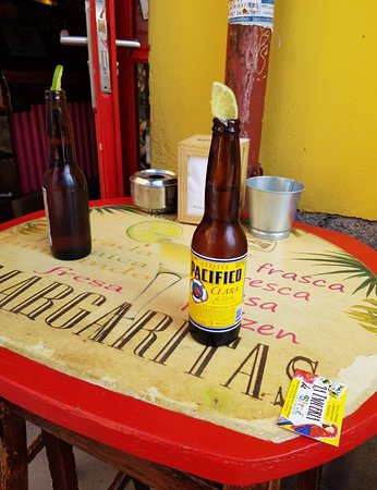 La Taqueria de Birra (Comendadoras) : Great bar