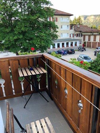 Ruffre-Mendola, Italy: Balcony