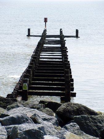 Lowestoft Harbour: Lowestoft beach