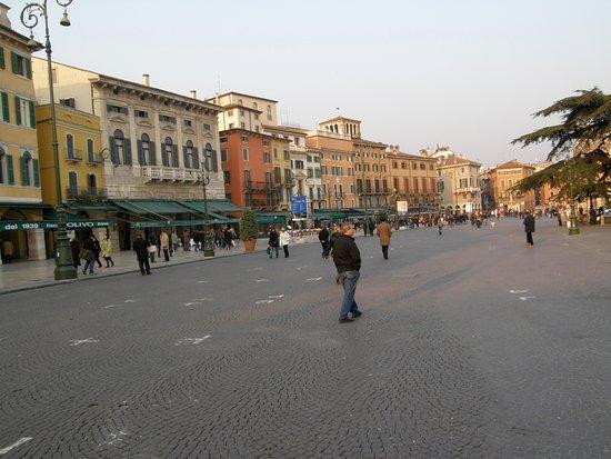 布拉广场照片