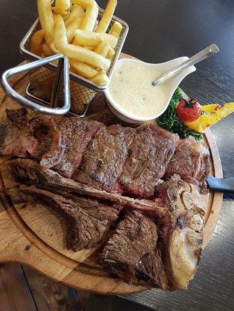 Restaurant Olimpija: T-bone steak