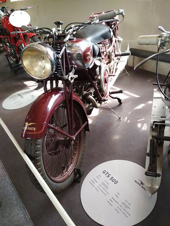 Museum Moto Guzzi : GTS 500
