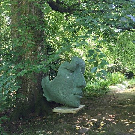 Hannah Peschar Sculpture Garden照片