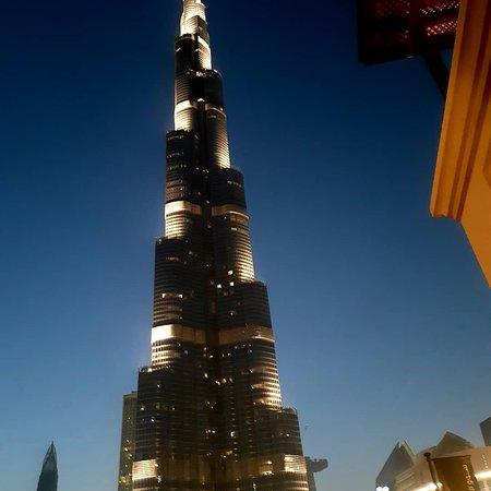 น้ำพุดูไบ: Фонтаны Дубая