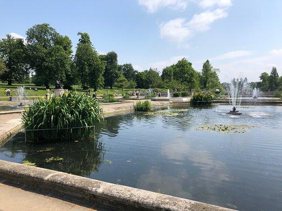 ไฮด์ปาร์ค: Italian Water Gardens