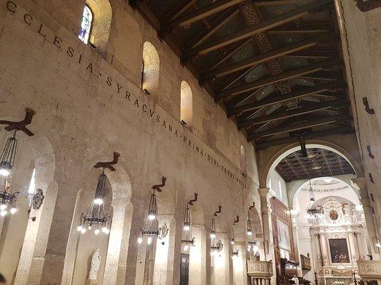 锡拉库萨主教座堂照片