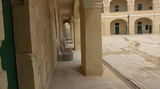 Fort St Elmo - National War Museum: Fort St Elmo