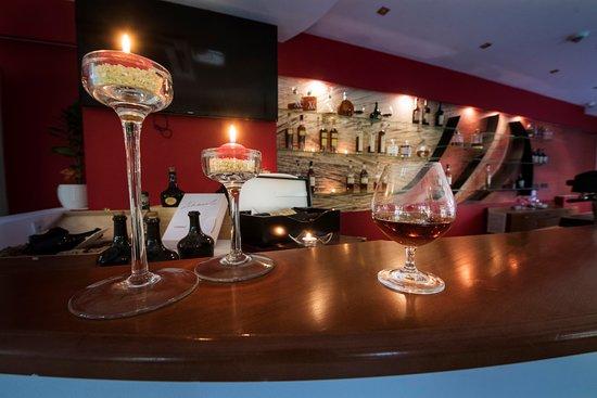 Hotel Slameny Dom: Koňakový bar