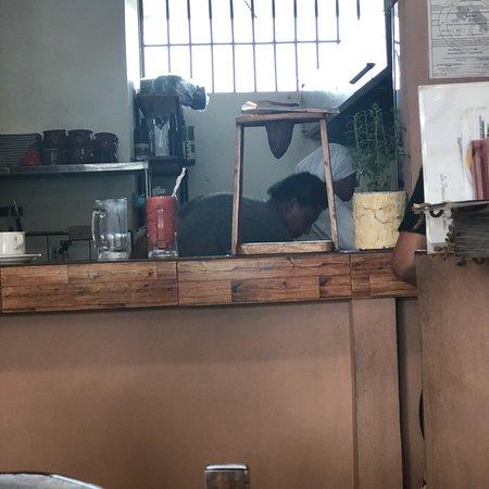 Restaurante Tierra Mia: Yummy eats and coffee brewing.