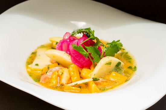 The Kitchen: Ceviche de Salmon con manzana y papaya