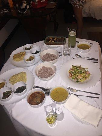 Weligama Bay Marriott Resort & Spa: Room service - chicken curry