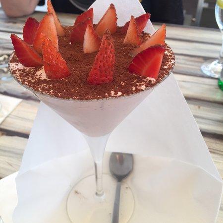 Roth, Tyskland: Erdbeeren Tiramisu