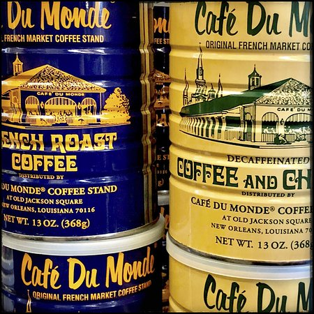 Cafe Du Monde : The coffee was good enough to buy a can to go home.