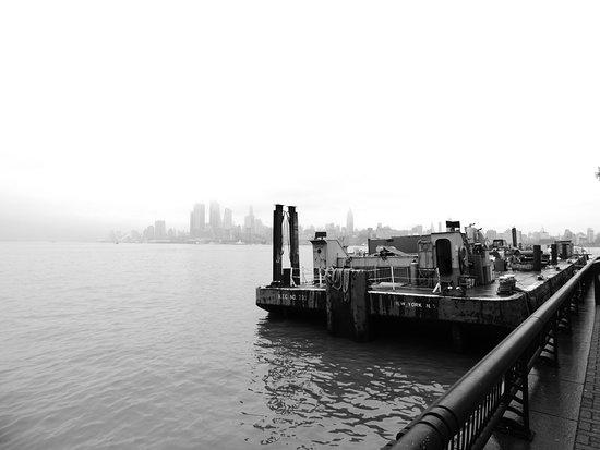 Hoboken Waterfront Walkway照片
