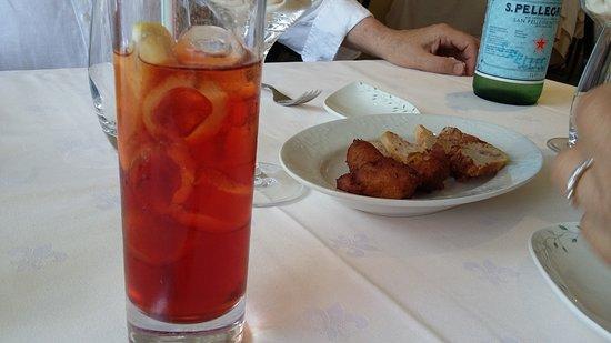 Le Clos du Vigneron: americano maison avec des amuse bouches toujours différents et délicieux