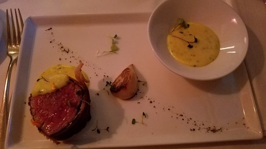 Zinc Bistro: Second half of the Chateaubriand.